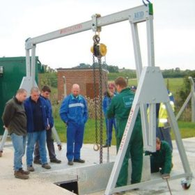 Lightweight Demount Gantry Hire