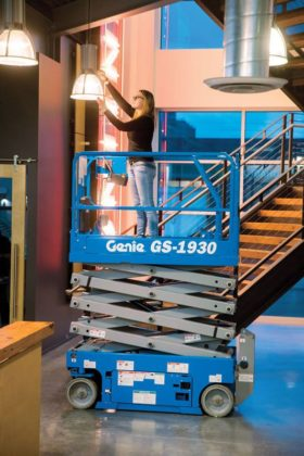 Genie Gs1930 7.8m Scissor Lift 227kg Capacity